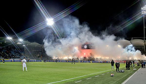 Sk Sturm Graz Fankurve Gegen Admira Mit Grosser Pyro Show