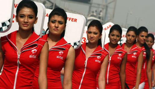 Hübsche indische frauen