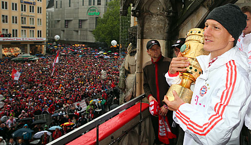 Fc Bayern Schweinsteiger Schwarmt Von Party Mit Heynckes