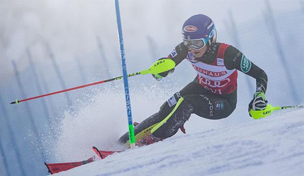 Ski Alpin Heute Live Herren Super G Lake Louise Damen Slalom Killington Im Livestream Sehen